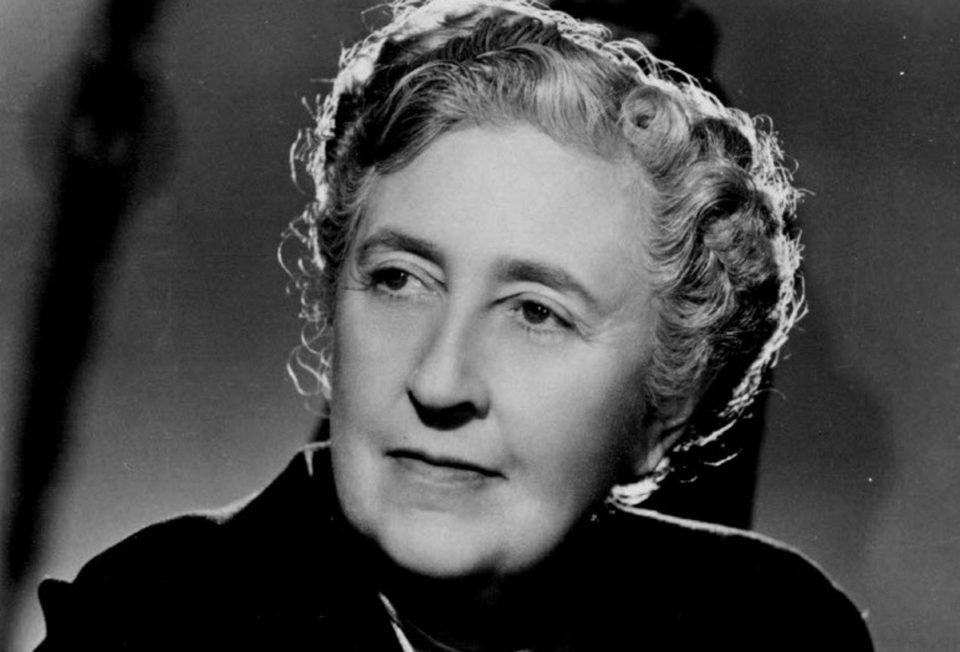 Agatha ChristieNEW